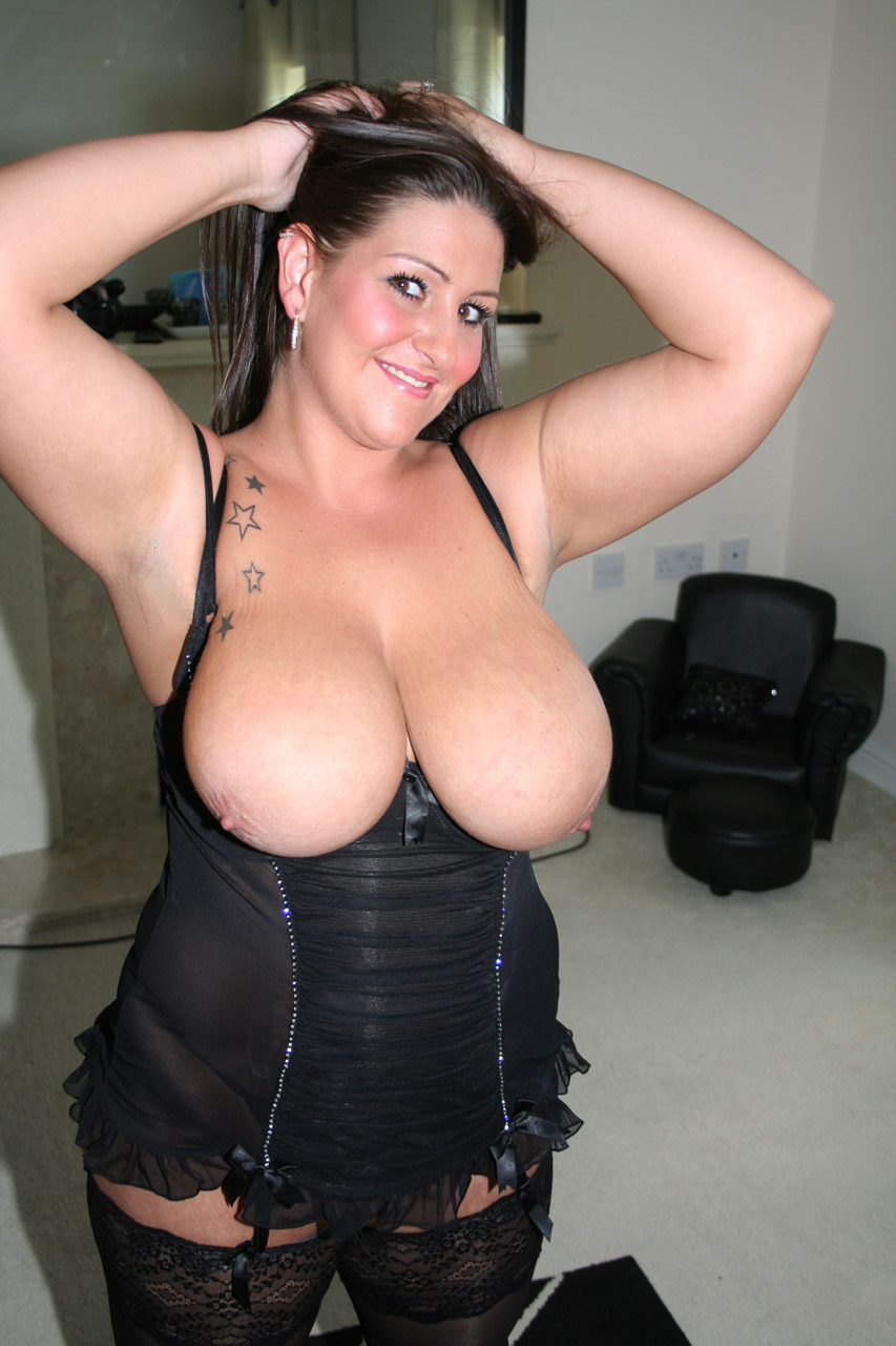 bbw british porn - random photo gallery